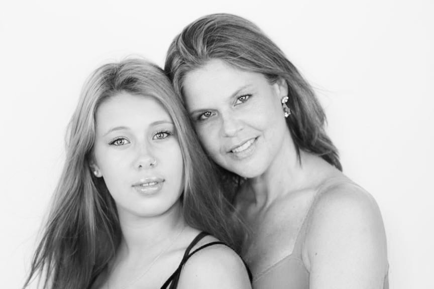 Mothers and daughters having sex foto 64